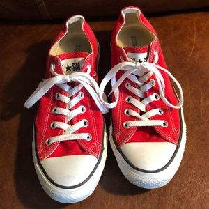 Red Converse All Star Low Tops 9.5 women's/7.5 men